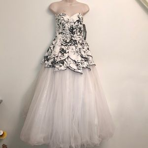 Masquerade flower prom dress size 3/4